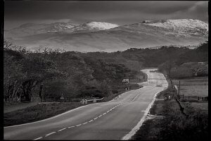 Picture of a road to the mountains to symbolise new financial planners