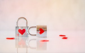 Poicture of hearts and locks protection page look after your income