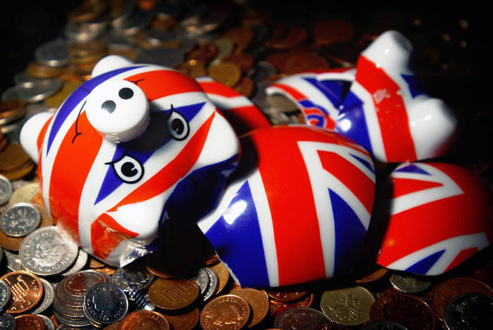 More than £3.2bn taken out of pensions without advice