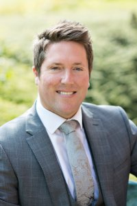 Headshot of Mark Smallwood Oak Wealth Planning