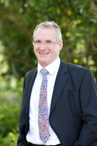 Headshot of Rob Cunningham Oak Wealth Planning