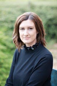 Headshot of Helen Jordan Oak Wealth Planning